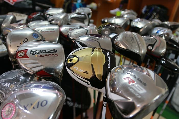 Rất nhiều dòng gậy golf cũ của các thương hiệu nổi tiếng